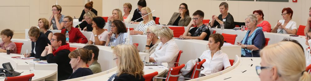 """Ein historischer Moment – Dokumentation der Frauenkonferenz """"Frauen in die Parlamente – #HälfteHälfte"""" am 8. September 2018 im Landtag Brandenburg"""